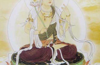 Nguyệt Quang Bồ Tát tay cầm Liên Hoa