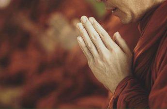 Niệm Phật cứu chủ khỏi đọa Địa Ngục