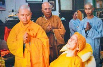 Bảy ngày sư ông Thích Trí Tịnh cho biết trước mình sẽ vãng sinh