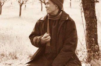 Sống bình dị - Thiền Sư Thích Nhất Hạnh